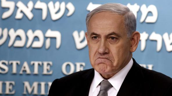 Israel's Prime Minister Benjamin Netanyahu is pictured during a news conference at his office in Jerusalem December 2, 2014. Prime Minister Benjamin Netanyahu sacked his finance and justice ministers on Tuesday, signalling the break up of his bickering co