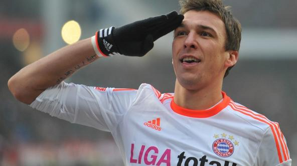 'Munich\'s Mario Mandzukic celebrates the 0-1 goal during the Bundesliga soccer match between FC Nuremberg and Bayern Munich at Stadium Nuremberg in Nuremberg, Germany, 17 November 2012. Photo: ANDREA